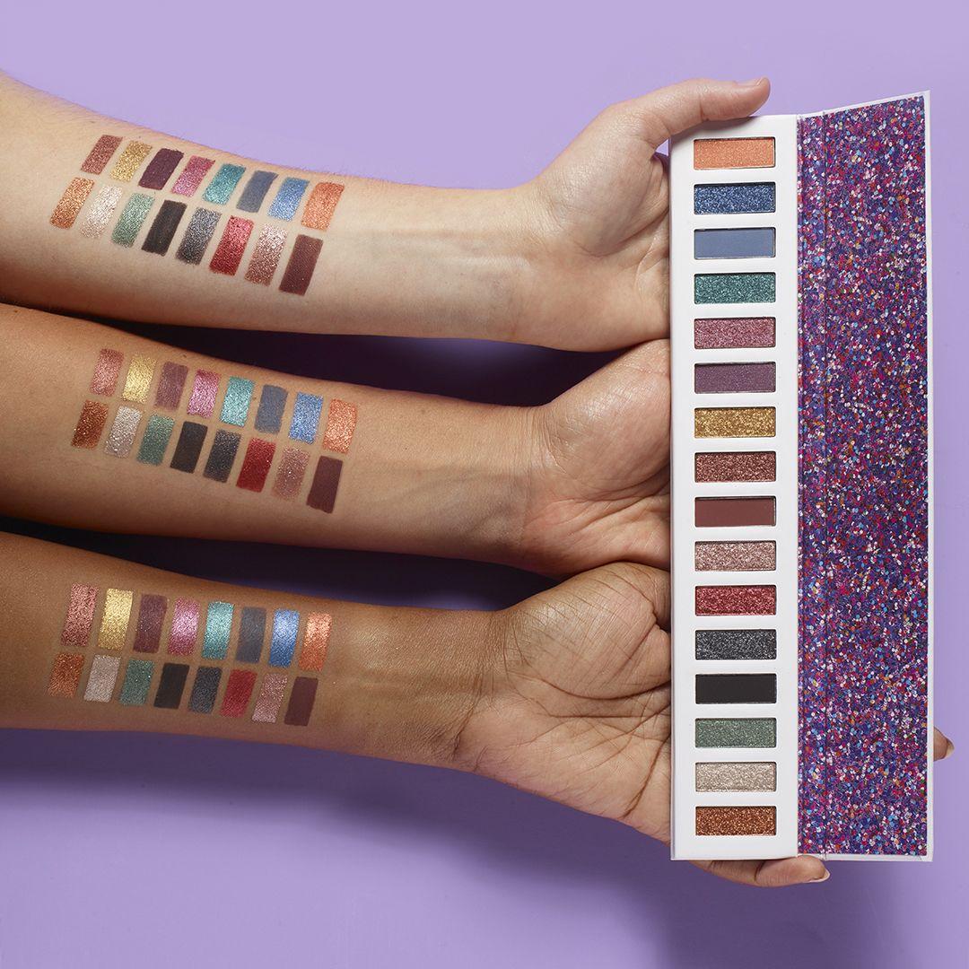 Online Brochure by Eye palette, Avon, Velvet lipstick