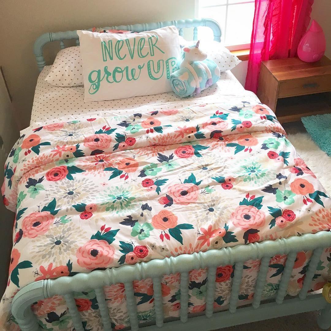 Target Bedding Emily' Unciorn Holding Blankie. Design Peanut Big Girl Bedrooms