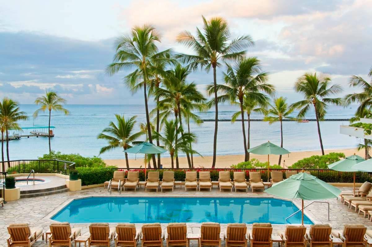 Ali I Tower Pool At Hilton Hawaiian Village Waikiki Beach