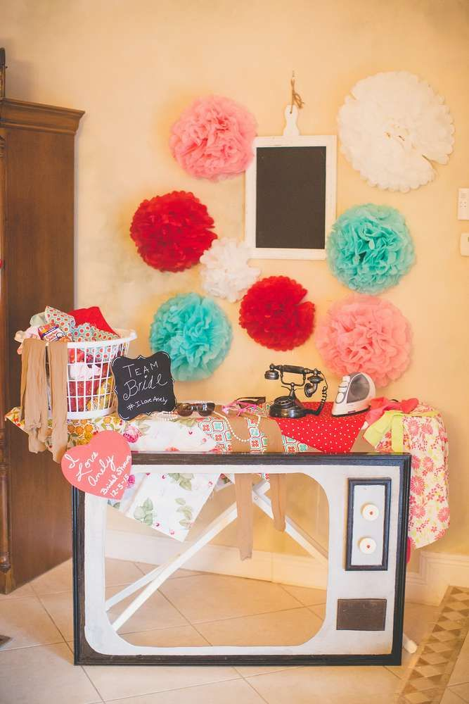 anelys retro housewife bridal shower catchmypartycom