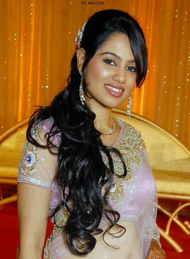 Latest Girls Hair Styles For Wedding Function 7 Latest Girls Hair Styles  For Wedding Function 2013
