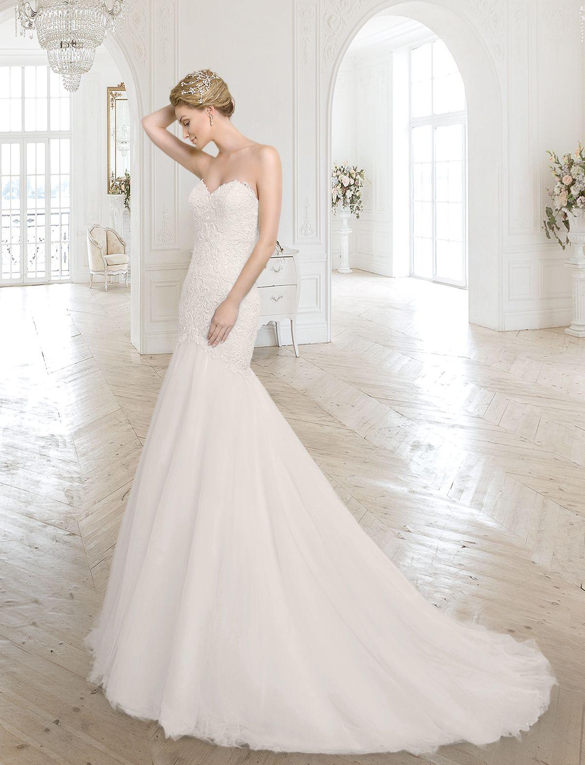 Romantisches Meerjungfrauen Brautkleid mit tiefer Taillennaht aus ...