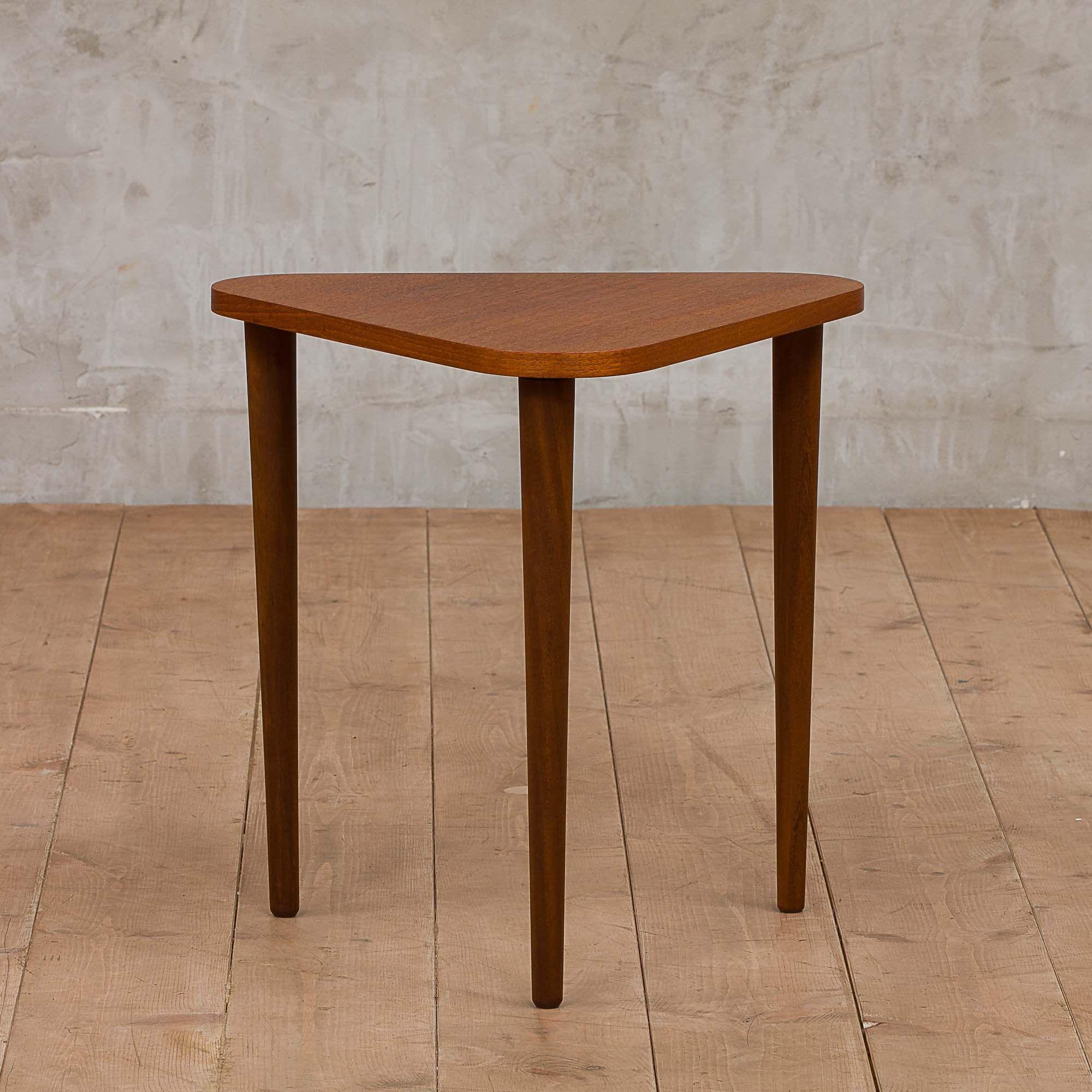 Vintage 70s Mersman Waldron Coffee Table Oak Glass Etsy Coffee Table Coffee Table Vintage Mid Century Coffee Table [ 1191 x 1588 Pixel ]