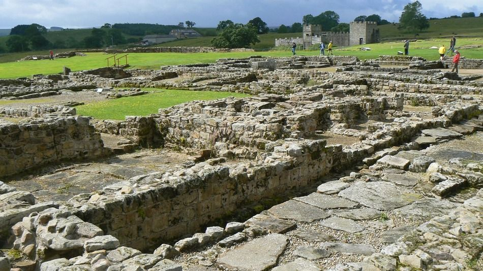 Archaeologists Unearth Roman Fort And Harbor In England Roman Britain Historic England England