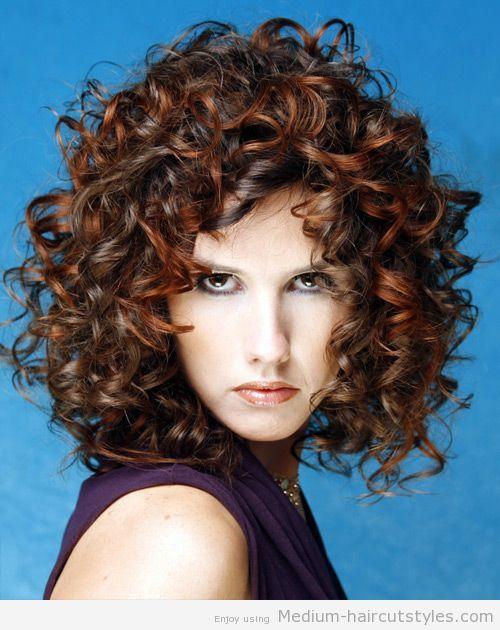 Pin By Kimberly Mcclurg On Hair Curly Hair Styles Medium Length Curly Hair Medium Hair Styles