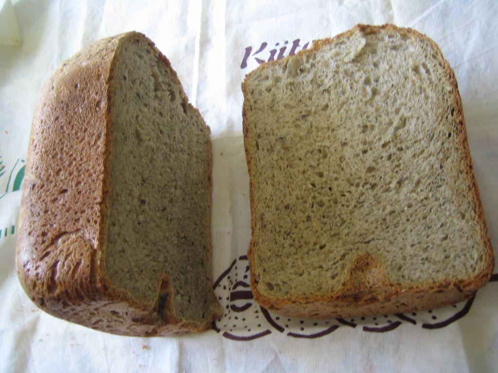 Elsan yrttileipä    leipäkoneella