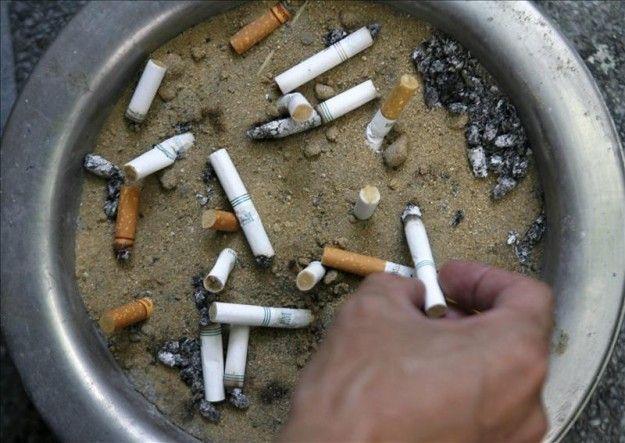 Los Comunes Aprueban La Prohibicion De Fumar En Coches Con Menores Cinzeiros