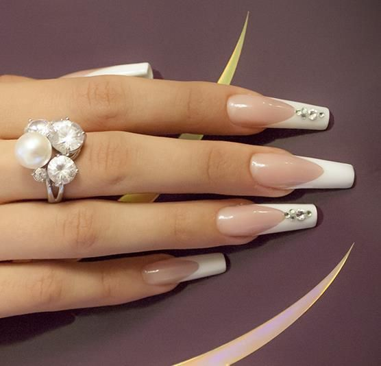 188875 522441617794732 1276510916 N Jpg 556 534 Pixels Bling Wedding Nails French Tip Acrylic Nails French Manicure Nails