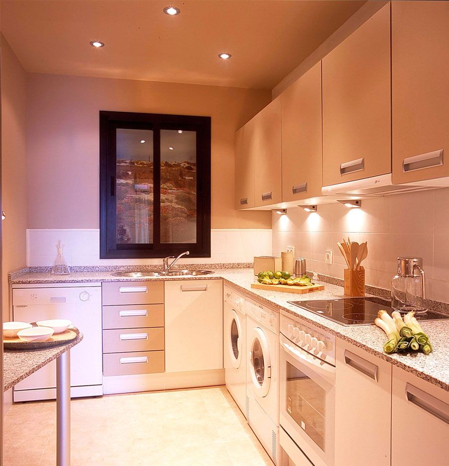 Tiny kitchen design luxury small galley kitchen designs listed in