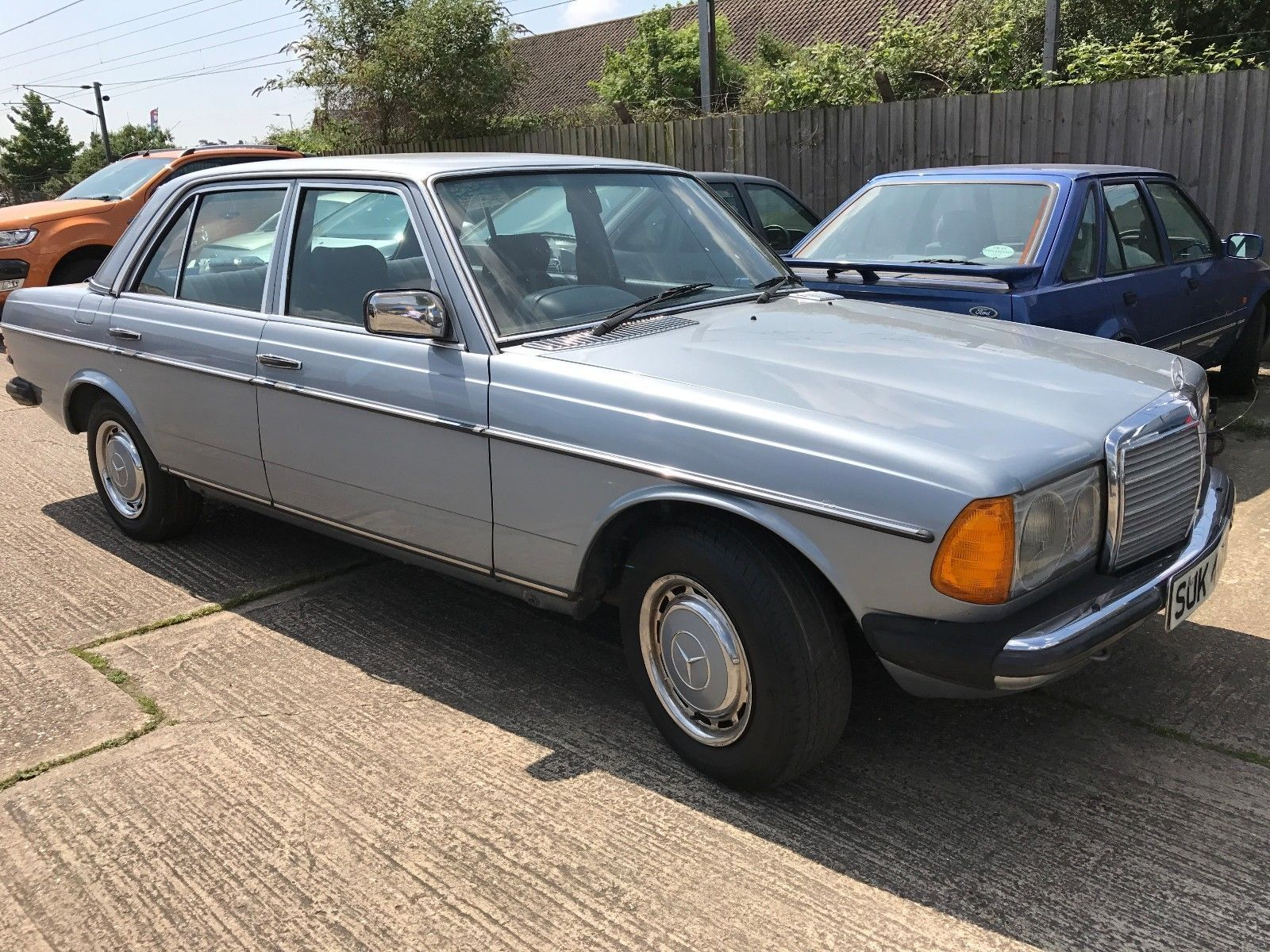 eBay: Classic W123 Mercedes 230E 4 Door Saloon Rare Manual With A/C 1983  Only 4 Owners