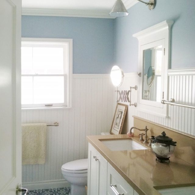 Cozy Cottage Bathroom   Traditional   Bathroom   Los Angeles   By Courtney  Blanton Interiors How To Work With Blue Floors.and Perhaps, A Blue Tub And  A Blue ...