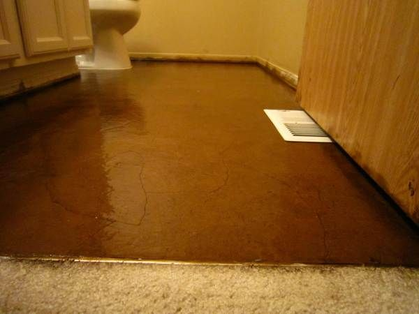 Diy Stained Brown Paper Floor Awesomeness Under 30 Do It Yourself Hardwood Laminate Floor Alternative Flooring Paper Bag Flooring Love Your Home