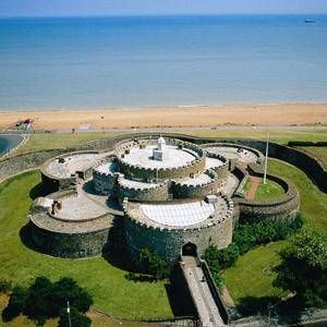 United Kingdom: Deal (Kent). Deal Castle. Built by the order of King Henry VIII it is one of the finest Tudor artillery castles in England, and among the earliest and most elaborate of a chain of coastal forts, which also includes Calshot, Camber, Walmer and Pendennis Castles. Today you can explore the whole of the castle, from the storerooms to the first-floor captain's residence. Take a walk around the defences and admire the squat, rounded bastions and canons.