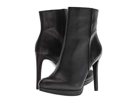 8bfd4f5ab6d2 Pin by Trish Ley on Boots   Booties