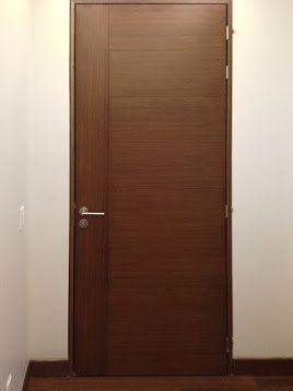 Puerta de madera color nogal ingles ideas para el hogar for Puertas interiores antiguas madera