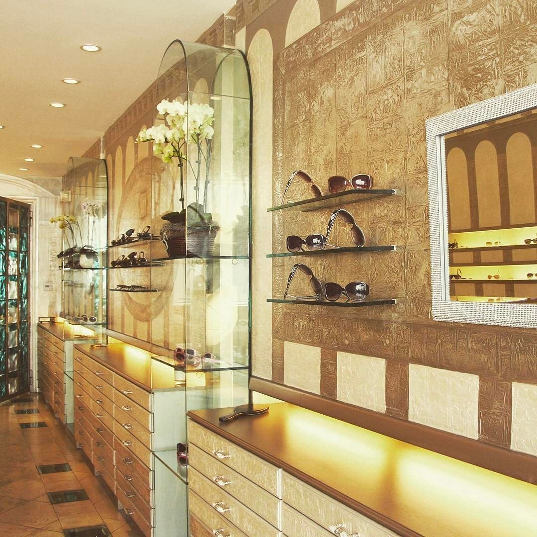 Eyewear Boutique in Beverly Hills. Design of a \