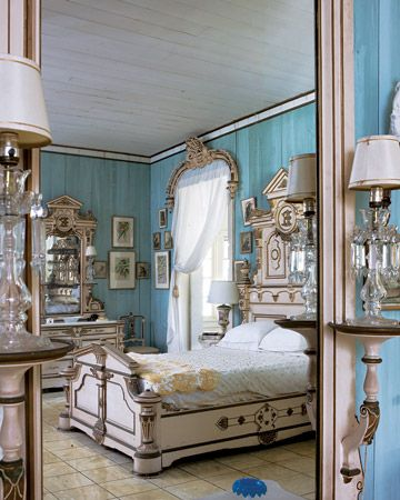 One Of The Bedrooms In The Eclectic Bonnet House In Fort