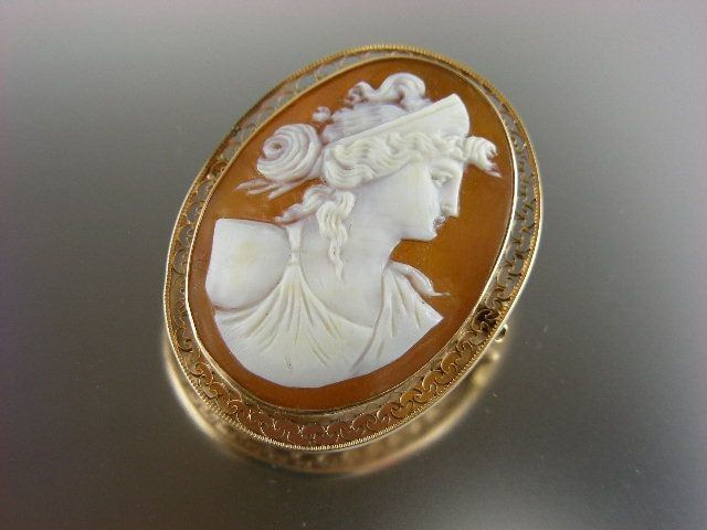 Signed Swift and Fisher Victorian Gold Shell Cameo Pin Pendant.
