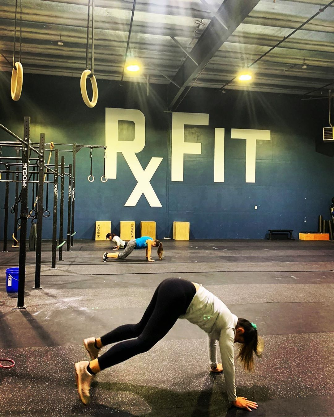 #fitnessprescribed #fitnessjourney #weightlifting #comingburpees #crossfitopen #intheopen #crossfit...