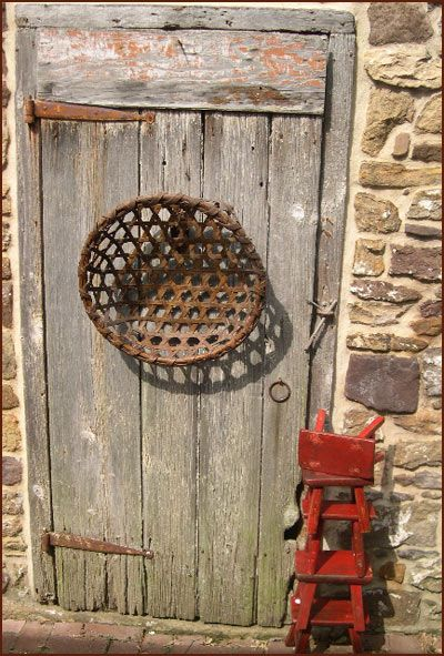rustic basket online catalog for panda country primitives rustic stuff rustic doors old. Black Bedroom Furniture Sets. Home Design Ideas