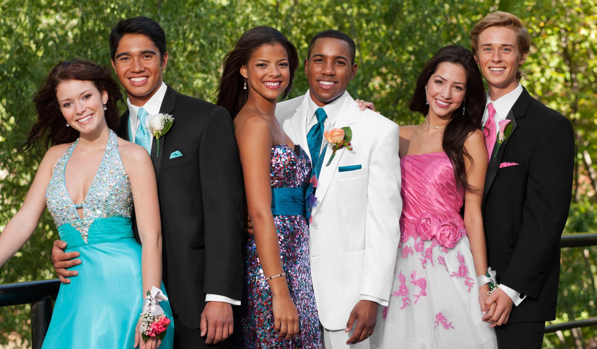 prom poses ideas the scenarios