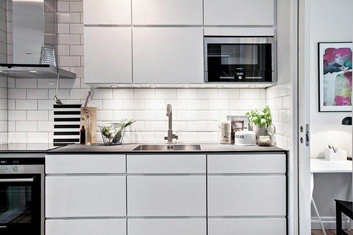 Moderne grifflose Küche mit Subway Fliesen Küche Pinterest