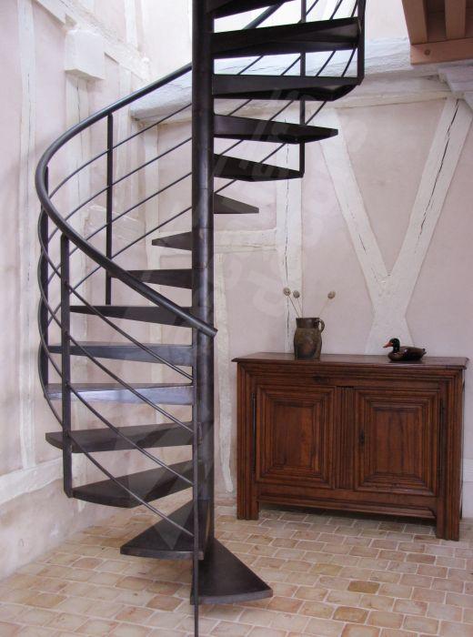 Escalier h lico dal m tallique photo s35 gamme initiale for Escalier interieur maison