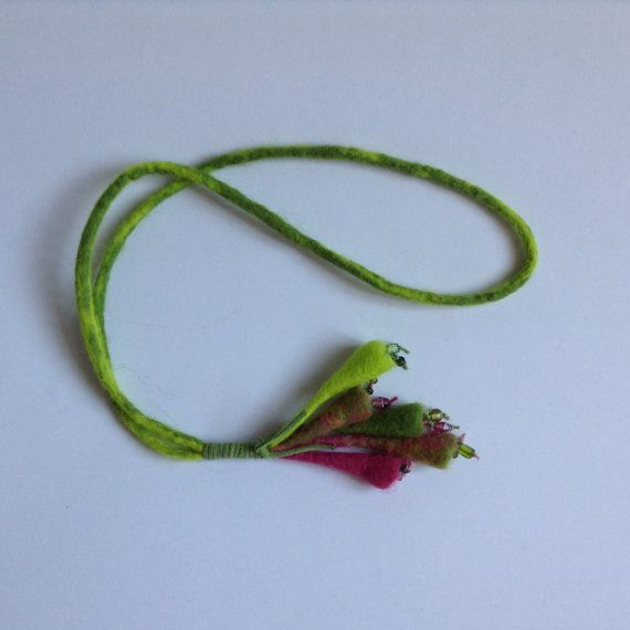 necklace felted merino wool decorated with small door lovebluecats, €20.00