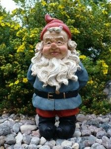Looks like the Travelocity gnome, handsome fellow.
