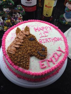 Horse cake for birthday girl Cake Pinterest Horse cake