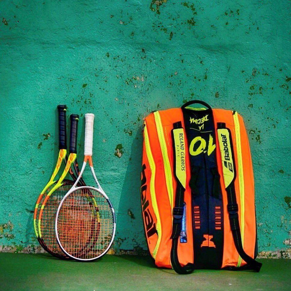 Finding The Comfortable Tennis Racquet Bag In 2020 Tennis Racket Pro Tennis Racquet Bag Tennis Racquet Tennis Racket