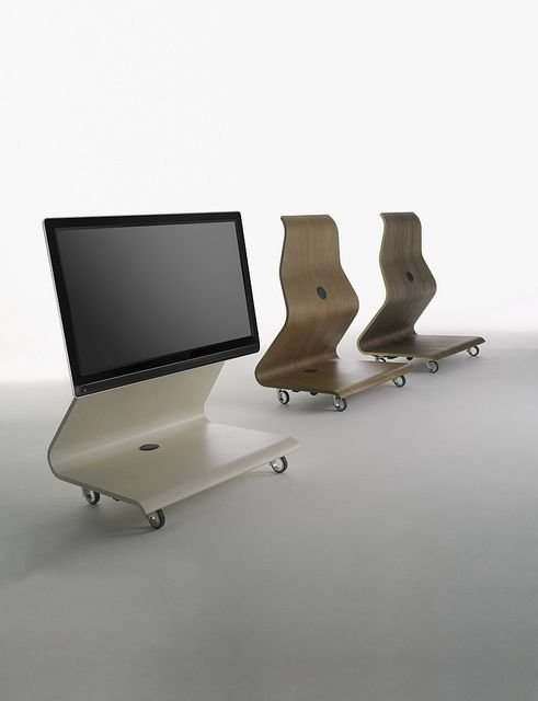 COBRA Tv stands, Plywood and Bellini - ausgefallene mobel lcd tv stander mario bellini