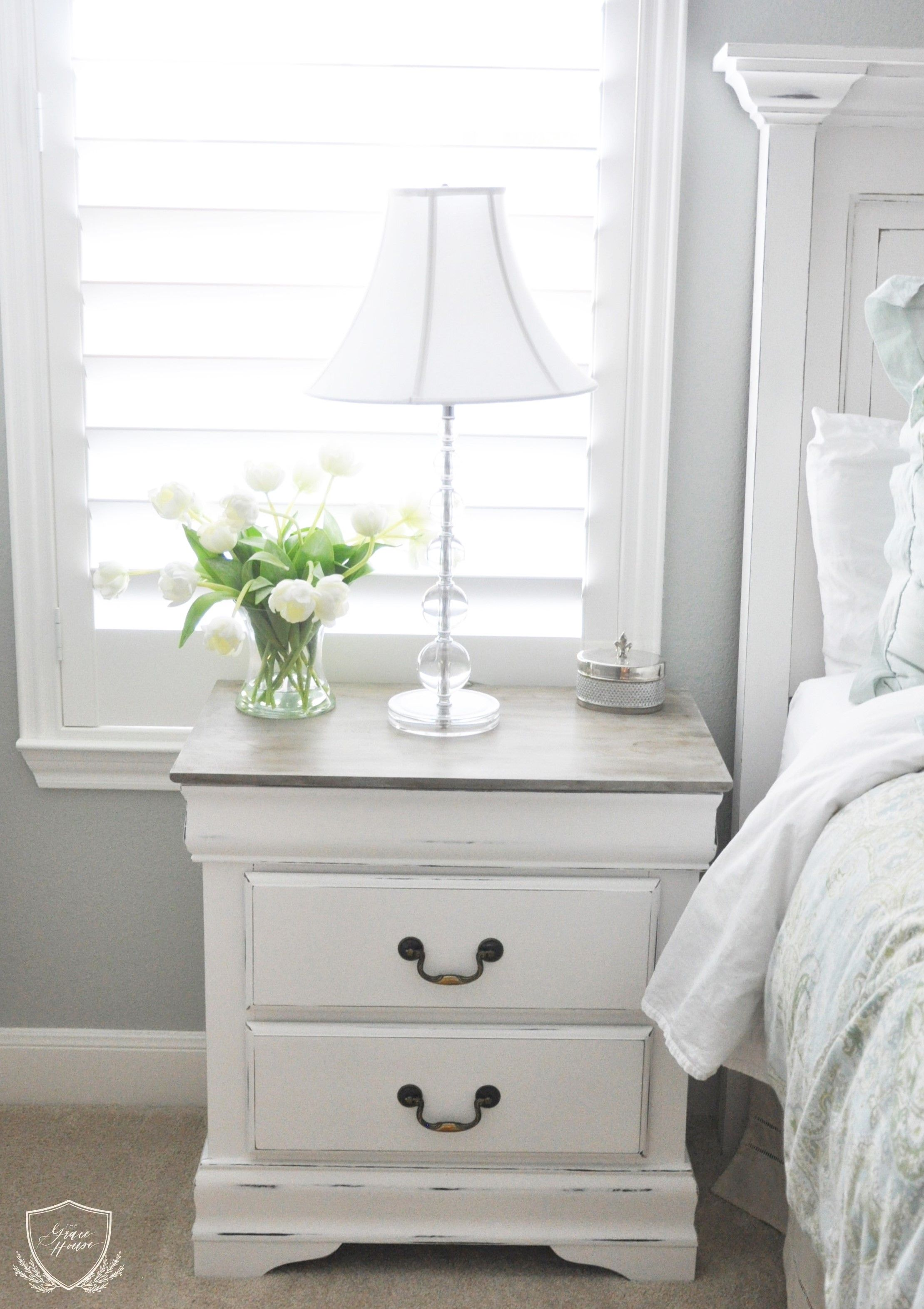 Nightstand chalk paint tutorial chalk paint tutorial for White on white furniture