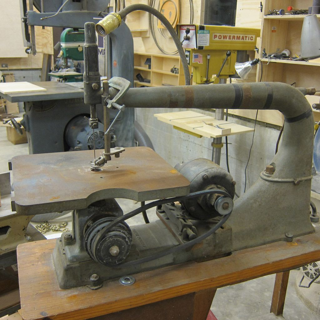 Antique Scroll Saw: Woodworking Machinery