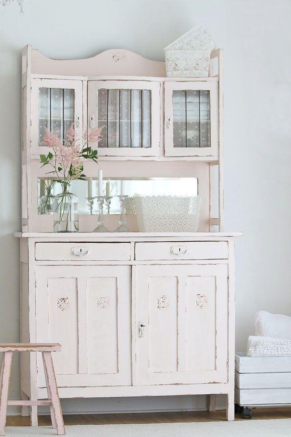 vintage buffet alter k chenschrank im shabby chic cottage pinterest. Black Bedroom Furniture Sets. Home Design Ideas
