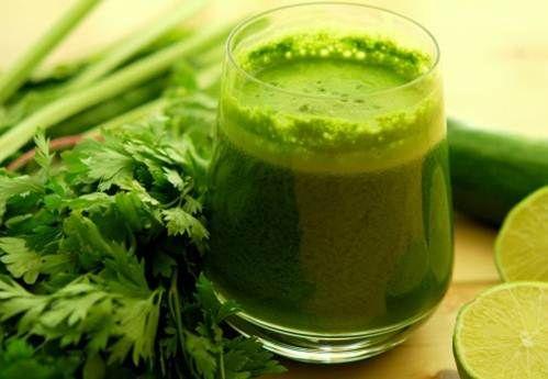 Jugo verde para desintoxicar el organismo