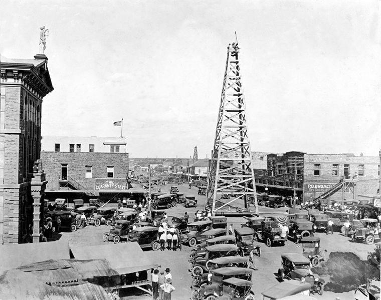 Photo of Oil Rig, Main Street, Breckenridge, Texas, 1920 I