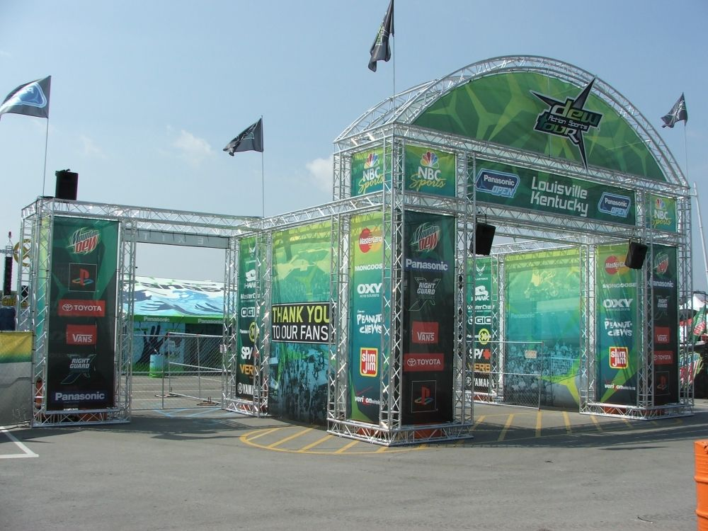 Hardware Exhibition Stall : Event truss displays outdoor