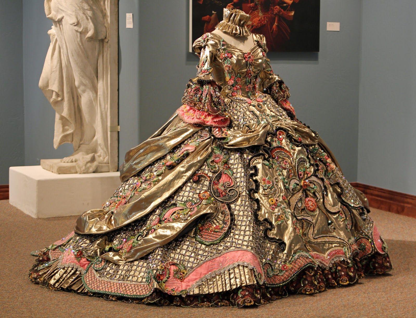 Картинки платья того времени