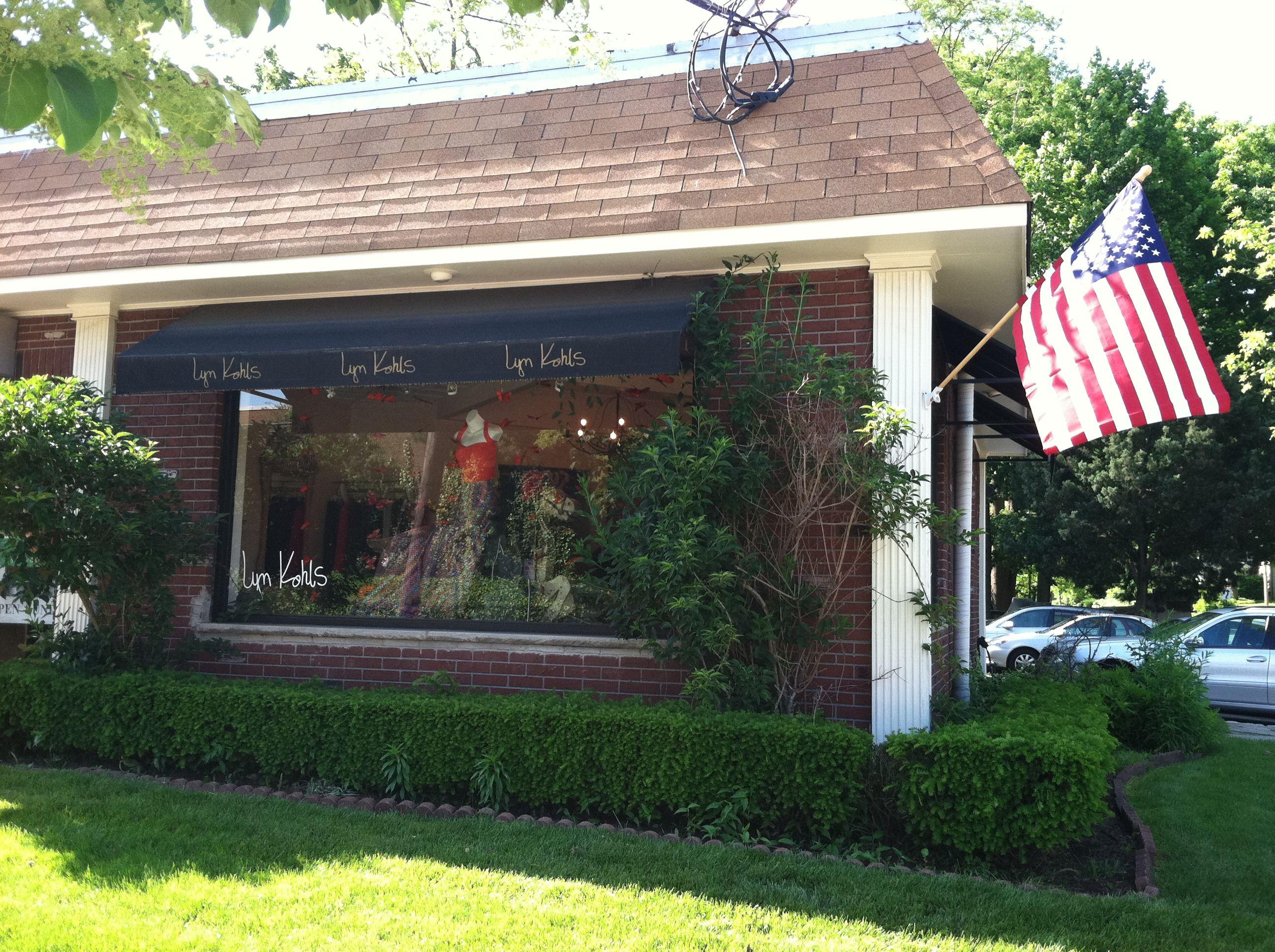 Lyn Kohl s custom dress shop on Millburn Avenue in Short Hills NJ