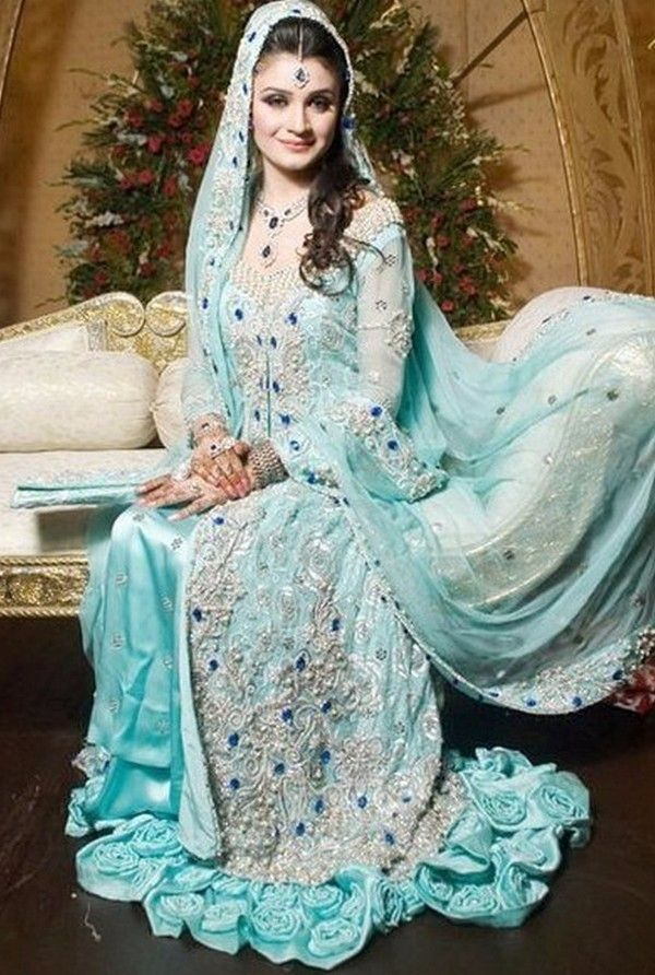 Wedding Designer Pakistani Bridal Dress - Buy Latest Designe ...