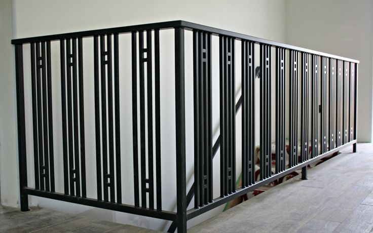 Modern Art Deco Railings For A New Concrete Home Simple Strong