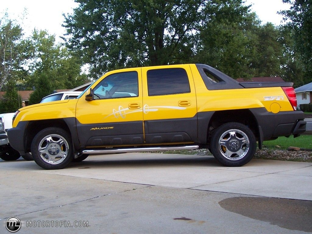 Photo Of A 2003 Chevrolet Avalanche Z71 Melloyellow No Longer Owned 84a77 Jpg 1024 768 Chevy Avalanche Chevrolet Avalanche
