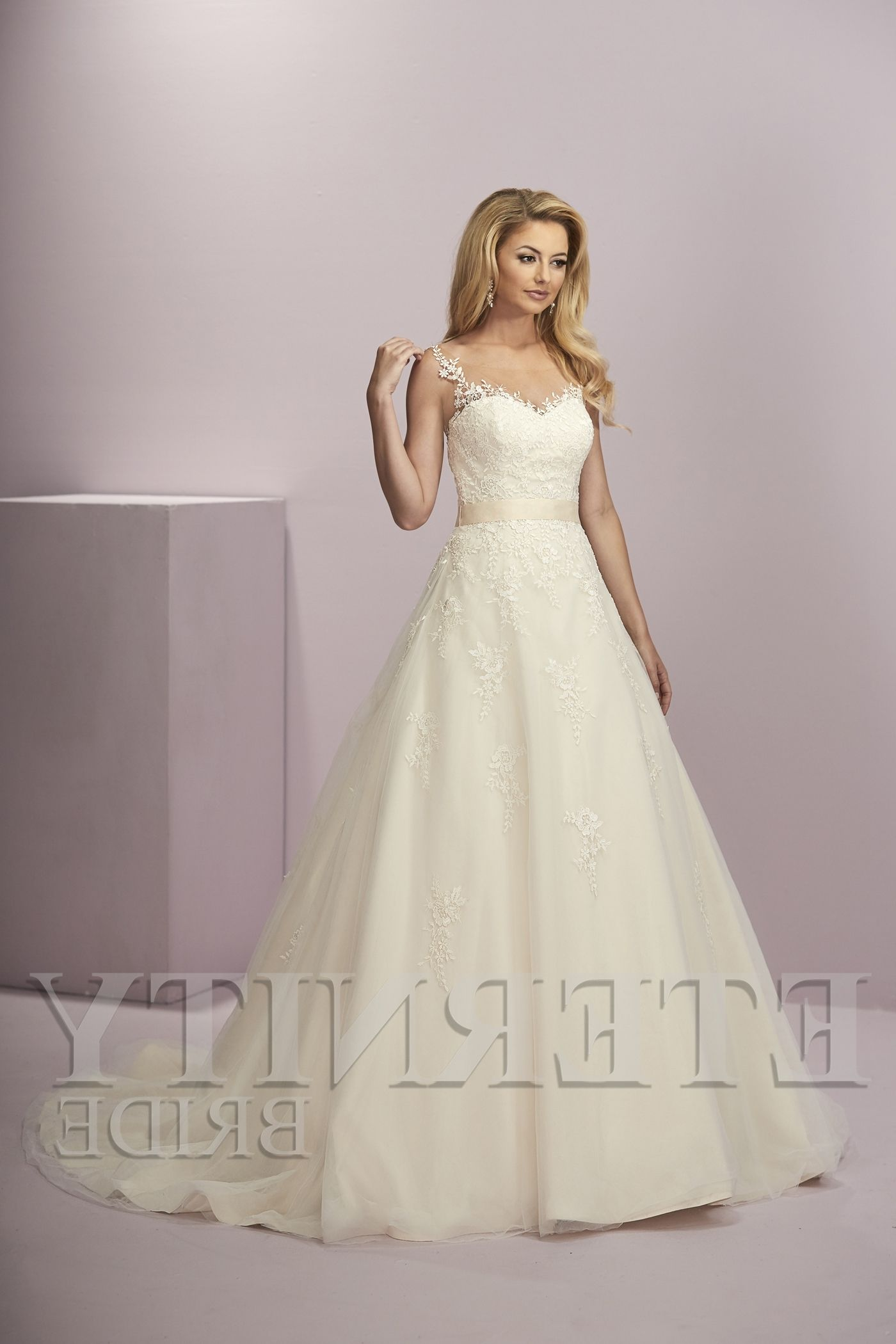 Wedding Dresses Shoes And Accessories In Leeds Dress