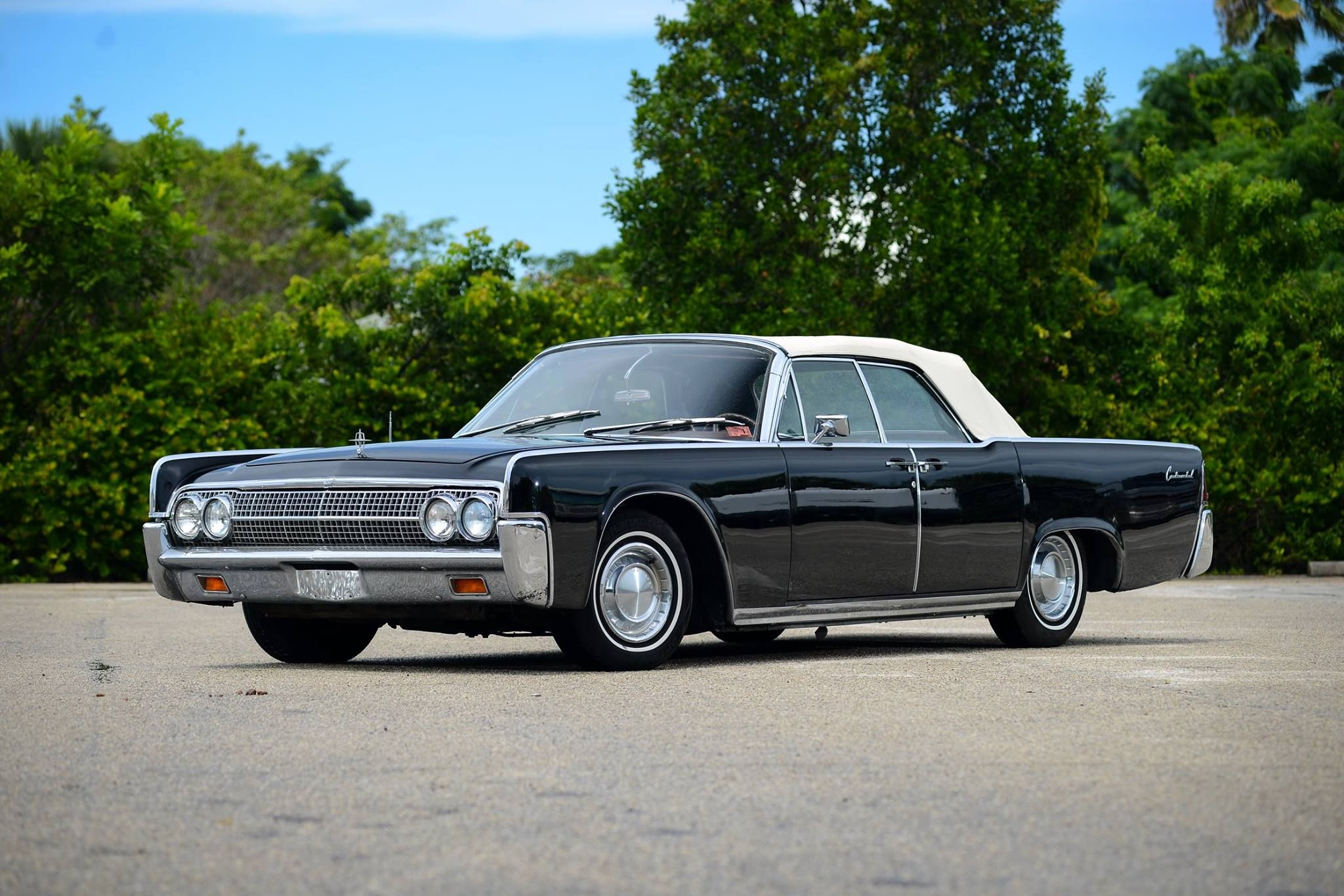 1963 Lincoln Continental Convertible Classic Cars Lincoln Cars Classic Car Magazine