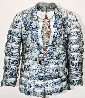 Li Xiaofeng. Vestiti di porcellana.