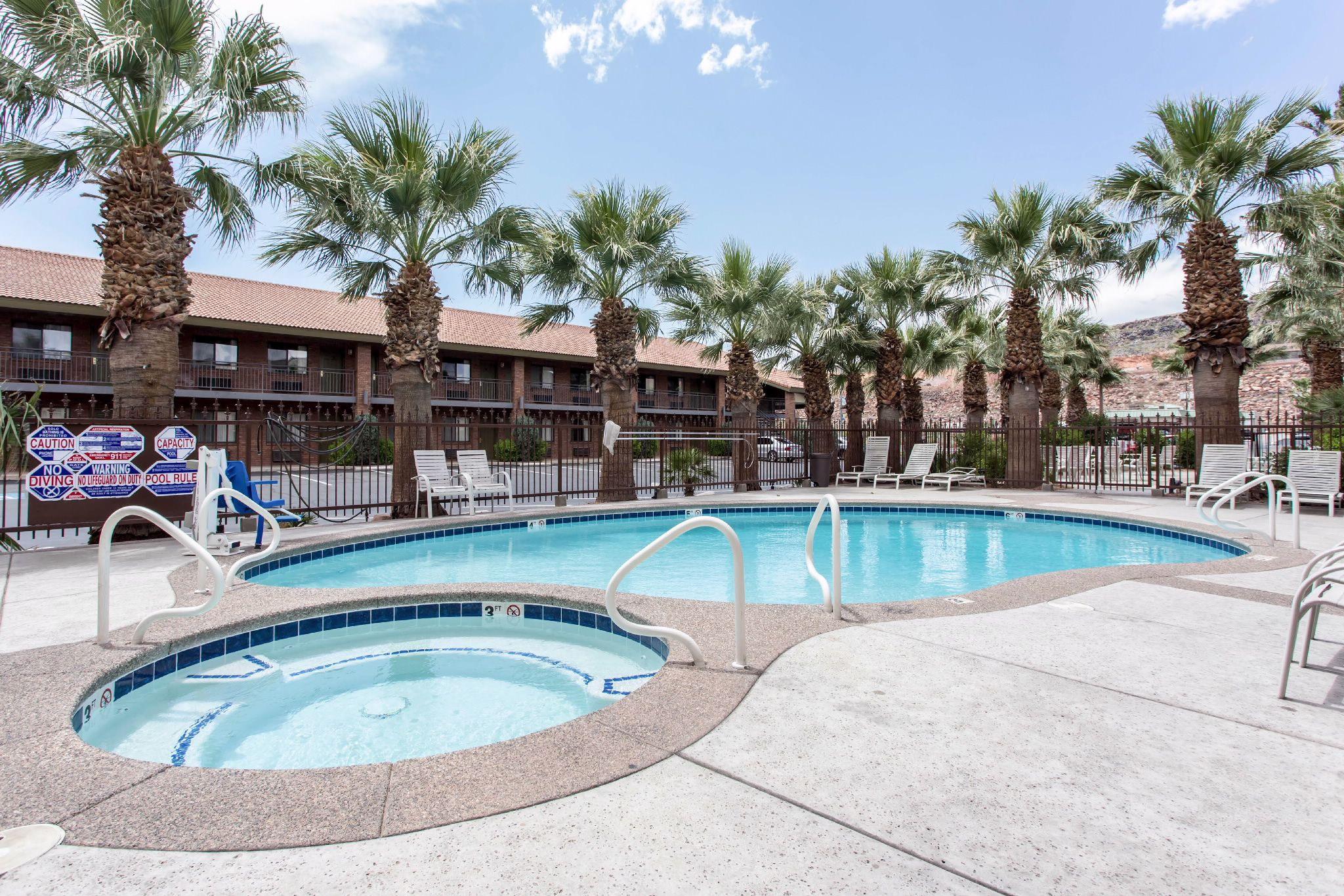 Outdoor Pool Quality Inn Saint George Ut Hotels Outdoor Pool