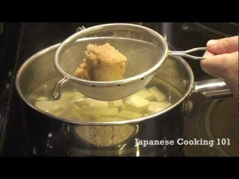 Miso soup recipe video japanese cooking 101 japanese cooking miso soup recipe video japanese cooking 101 easy japanese recipes forumfinder Images