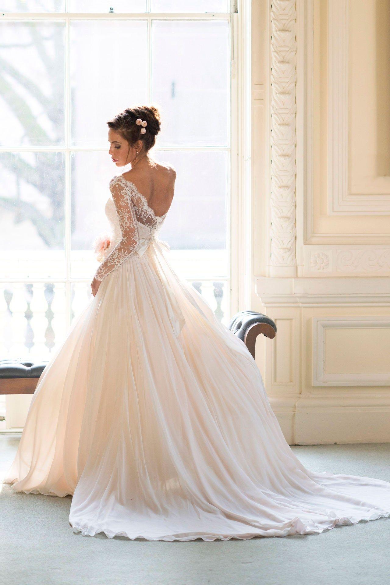 Vera wang designer wedding dresses  Wedding Dresses  The Ultimate Gallery BridesMagazine  Vera