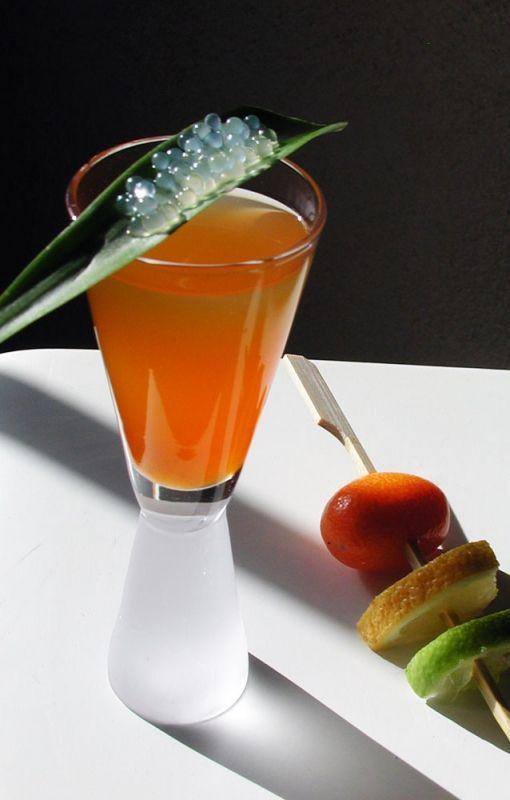 Perles de liqueur de coco cuisine mol culaire cocktails liqueurs sirop pinterest - Spaghetti cuisine moleculaire ...